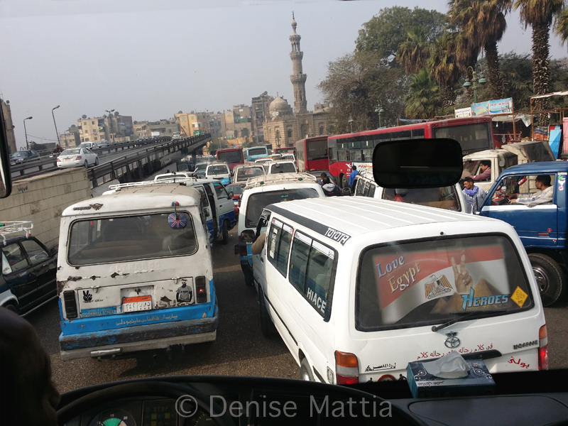 088 Egypt - ubiquitous traffic in Cairo_102336